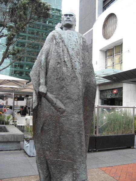 Auckland - Une statue