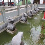Mont Emei, sculptures fontaine