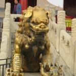 Lion avec un lionceau