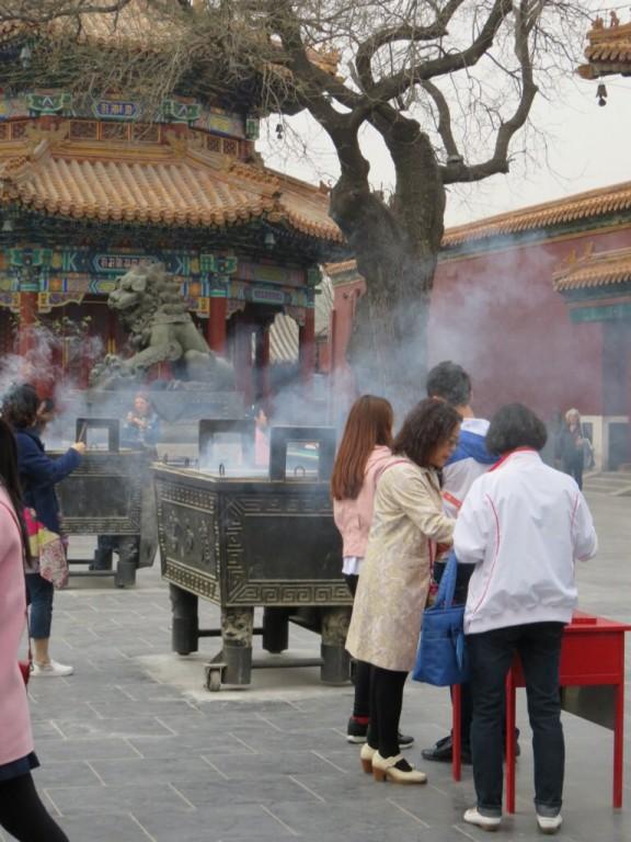 Temple des Lamas, encens