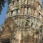 Temple Wat Ratchaburana - Statues