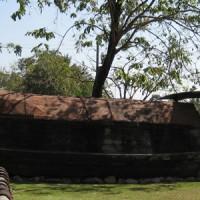 Vieille ville de Sukhothai - Bateau en bois