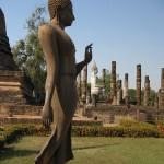 Bouddha marchant du temple Wat Sa Si