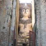 Immense bouddha (11m haut) Wat Sri Chum